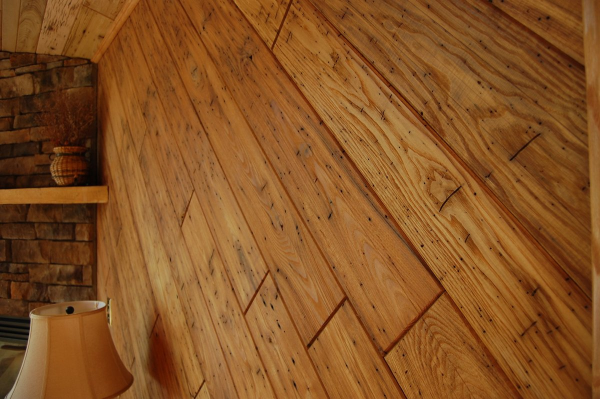 wormy chestnut sourced from barn timbers seneca hardwood lumber cowormy chestnut sourced from barn timbers